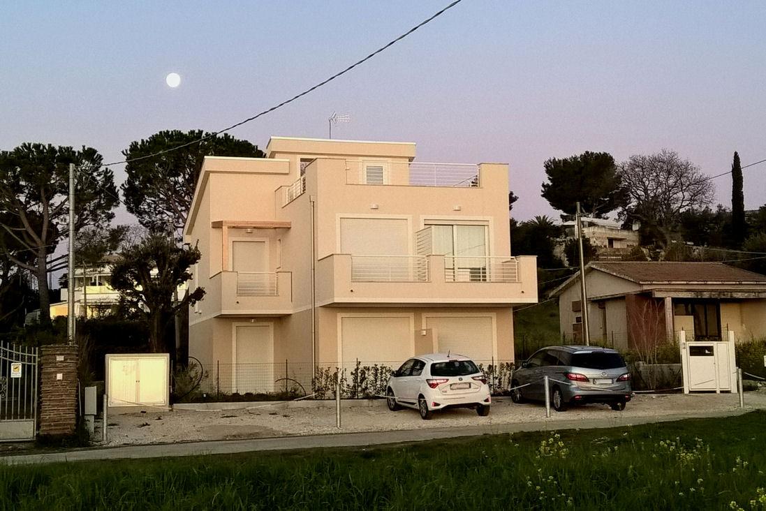 fronte casa alba small